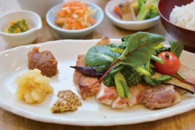 レストラン&カフェ コア 肉料理