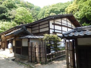 日本民家園